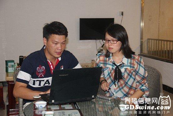 练智文总经理为养猪信息网记者介绍美加宝公司